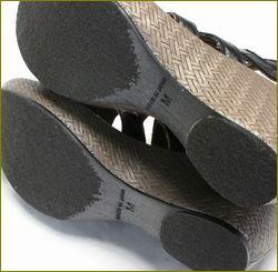 invina インビナ iv4211bl  ブラック 靴底の画像